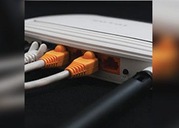 How Do I Connect My Antenna To My Modem Or The Router?